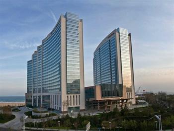 青岛鲁商凯悦酒店酒店外观图片