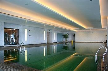 宁波万豪酒店游泳池