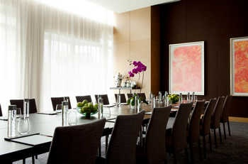 上海新天地朗廷酒店会议室