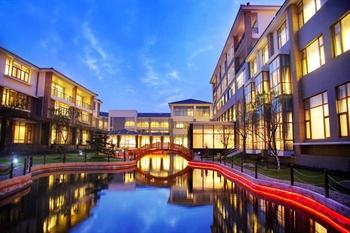 上海朱家角皇家郁金香花园酒店酒店外观图片