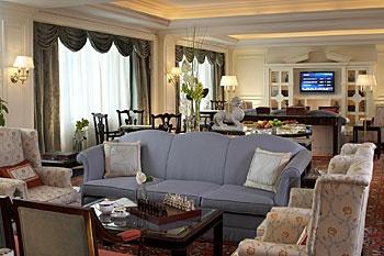北京丽思卡尔顿酒店(华贸中心)会所休息厅