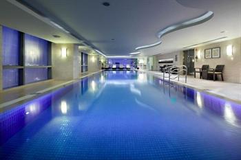 苏州万怡酒店游泳池