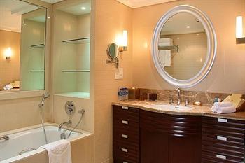贵阳喜来登贵航酒店豪华套房--卫生间