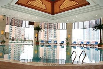 上海斯格威铂尔曼大酒店游泳池