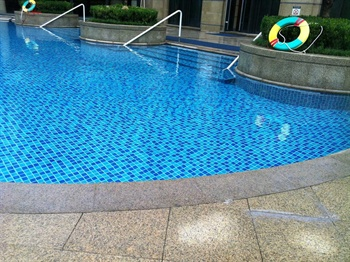 济南喜来登酒店室外泳池