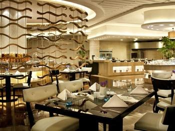 顺德金茂华美达广场酒店涟漪西餐厅