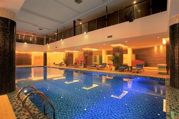 成都明宇尚雅饭店游泳池
