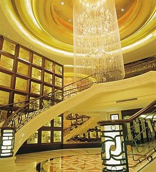 广州地中海国际酒店餐厅中厅