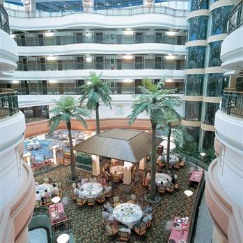 深圳大梅沙海景酒店中庭
