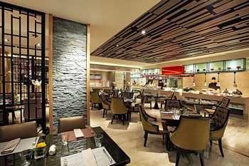 上海静安铂尔曼酒店西餐厅