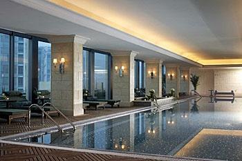 北京丽思卡尔顿酒店(华贸中心)游泳池