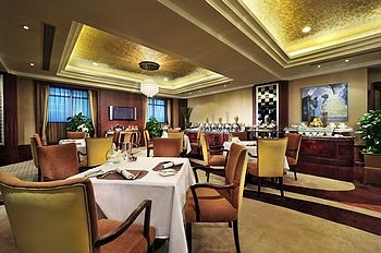 郑州索菲特国际饭店索菲特会所酒廊