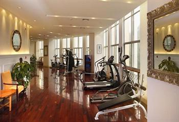 九江远洲国际大酒店健身房