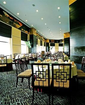海南君华海逸酒店青松中餐厅