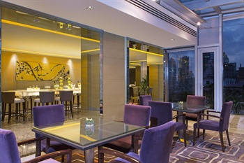 上海威斯汀大饭店行政俱乐部酒廊