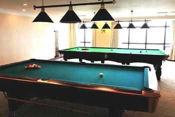 上海金山滨海铂骊酒店桌球室