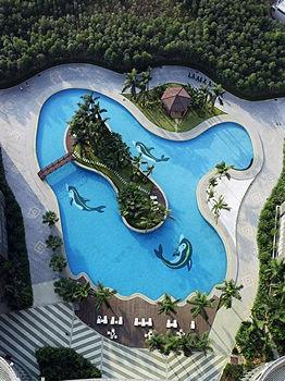 东莞悦莱花园酒店室外游泳池
