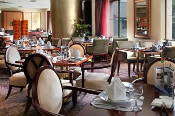 成都泰合索菲特大饭店巴赛丽西餐厅