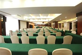 成都郦湾国际酒店会议室